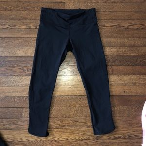 Cropped mesh detail lululemon leggings